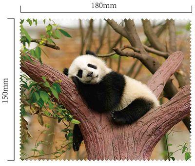 Handričku na okuliare z mikrovlákna - panda