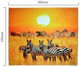 Handričku na okuliare z mikrovlákna - zebry